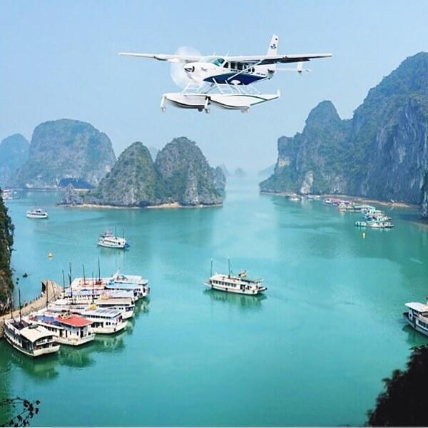 Flight from Hanoi to Halong Bay