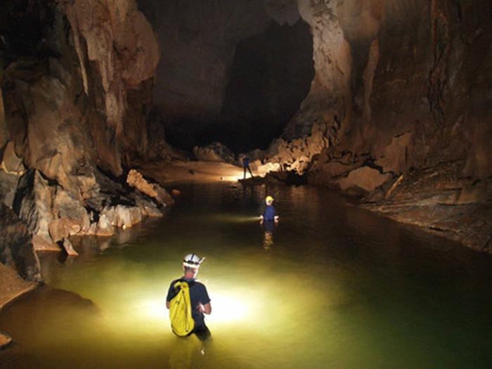 the Biggest Cave in Vietnam