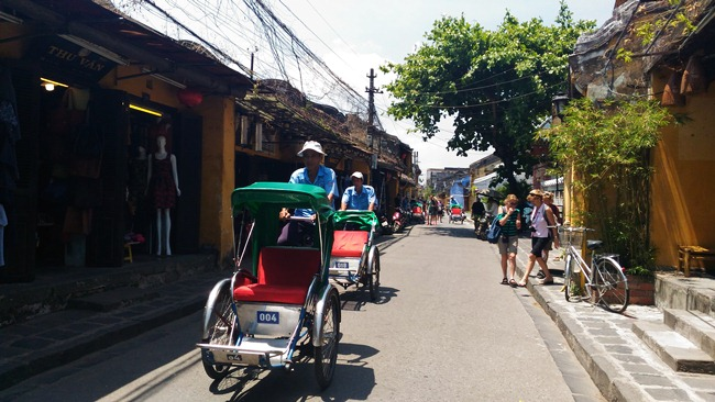 Vietnam Drive - Hoi An Old Town