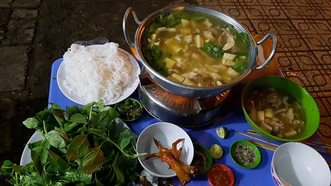 Chicken Hot Pot Restaurant in Da Lat